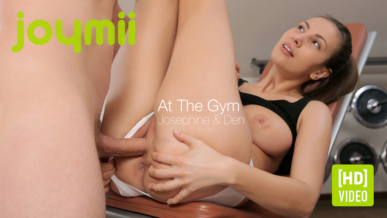 Joymii - Den and Josephine - At The Gym